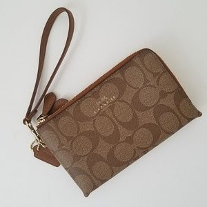 Coach Signature Canvas Corner Zip Wristlet